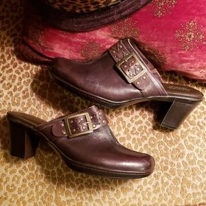 Clark's Brown Leather Bendable Clogs